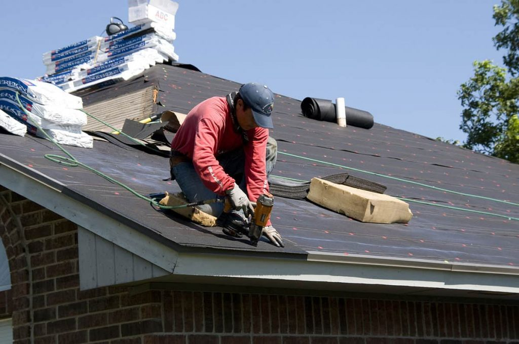 Select the Right Roofing Company for Your House