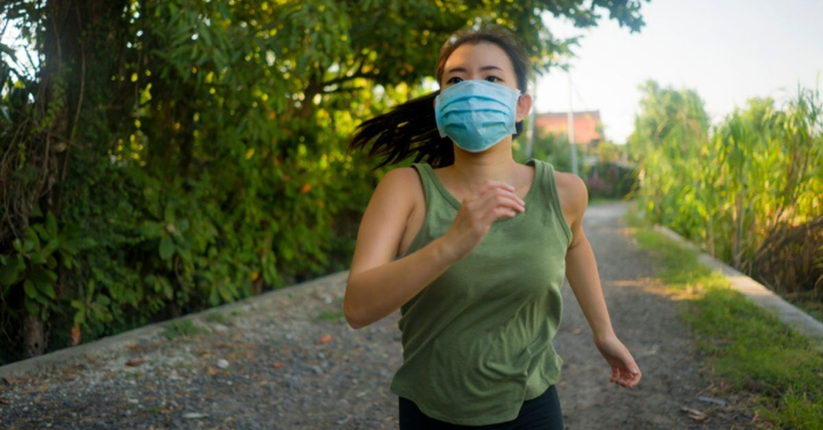 Face masks with particulate filter