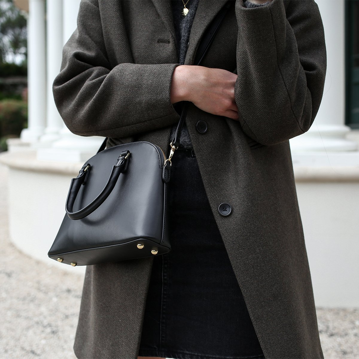 Some importance of handbags for women
